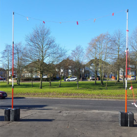 GS6 Telescopic Height Restriction Goal Posts Kit 2x 7.3m Poles 2x Ballast Block Bases 1x 25m Bunting